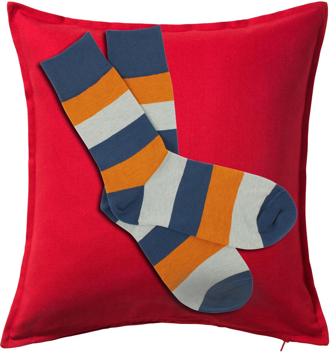 socks-cushion